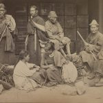Groupe d'Indigènes du Bhoutan et du Népal.